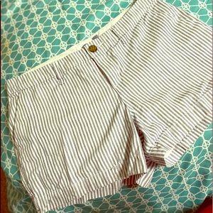 Old navy shorts sz 2 never worn!